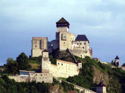 тренчин замок